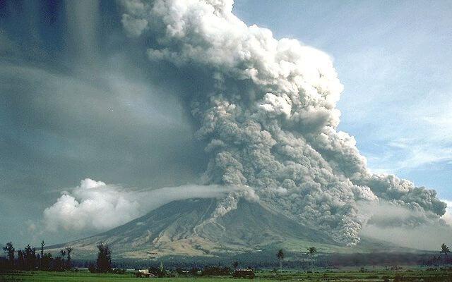火砕流の参考画像