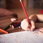 子供の勉強風景